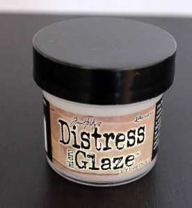 Tim Holtz Distress Micro Glaze versiegelt Wasserlösliches.