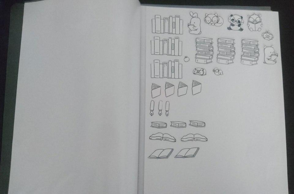 Meine Aufbewahrungslösung: einfach auf ein Stück Papier kleben, das Ganze in eine Klarsichthülle stecken und in einem Schnellhefter sammeln.